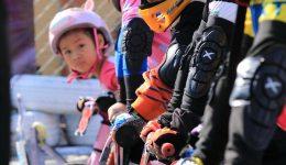 为了以后骑士的荣耀,小时候使用儿童平衡车的收获