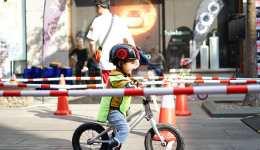当孩子暂时地抵触使用儿童平衡车时应该怎么办