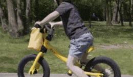 童骑士们因为过度使用儿童平衡车、长期不运动突然剧烈运动造成肌肉酸痛怎么办